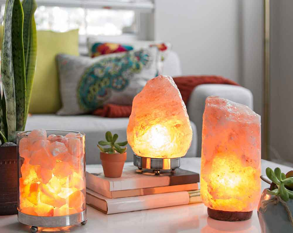 "12 Amazing Himalayan Salt Lamps ""Benefits"" & ""Myths"""